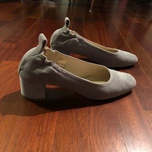 Everlane Day Heels Gray Velvet Size 9